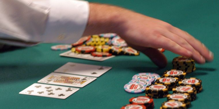 Gambling agents online and necessity of hiring them