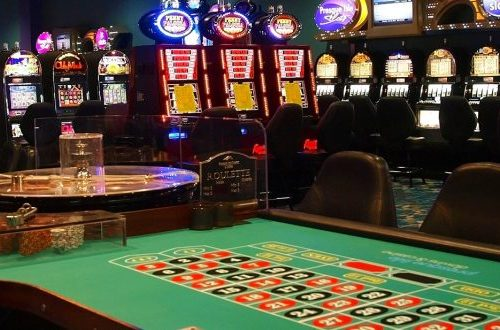 Here's How People Benefit From Playing In Online Casinos - READ HERE!