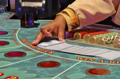 Invisible Contact Lenses For Poker Cards